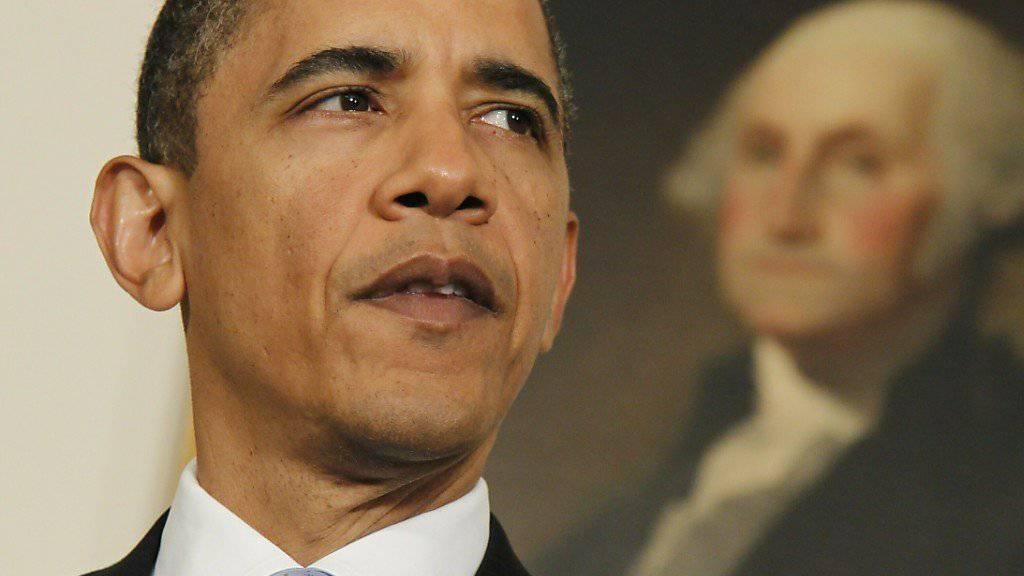 Der echte Obama... - ein schwarz geschminkter weisser Darsteller machte in einem Werbespot für die neue Washington-Route der italienischen Fluggesellschaft Alitalia Werbung. Nach heftiger Kritik wegen Rassismus zog sie die Kampagne zurück. (Archivbild)
