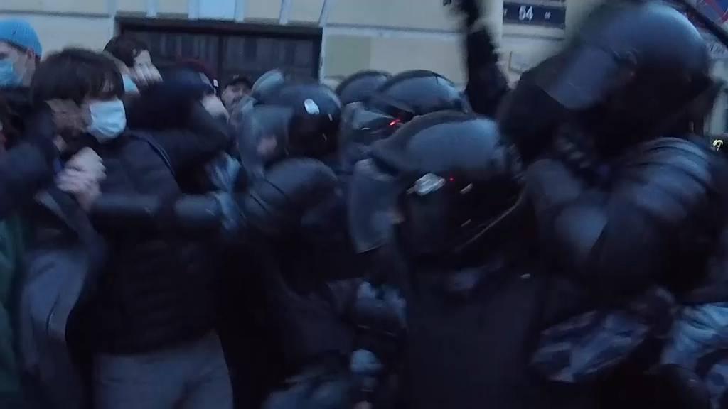 Tausend Festnahmen bei Pro-Nawalny-Protesten