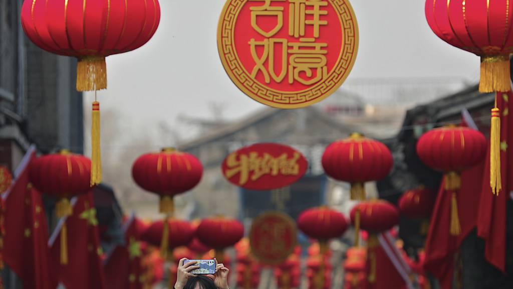 Die Chinesen feiern am heutigen Freitag das Neujahrsfest. Nach dem Jahr der Ratte beginnt das Jahr des Büffels.