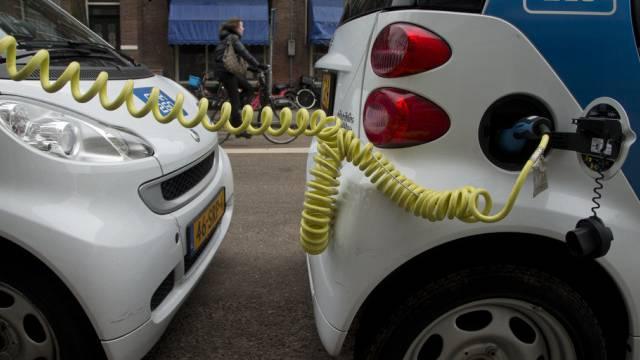 Hartes Pflaster: Markt für Elektroautos (Symbolbild)