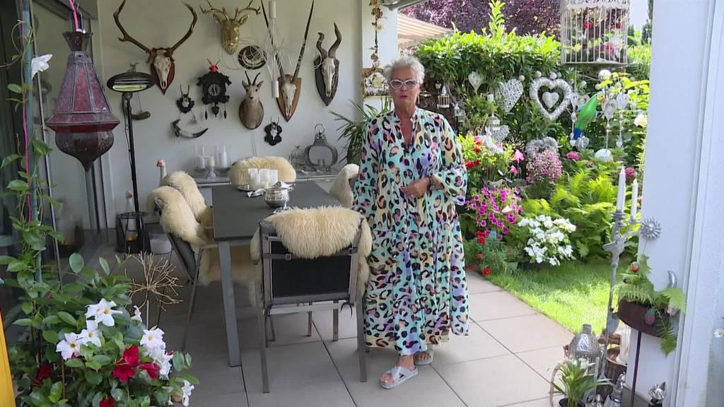 «Bei mir muss es glitzern» – Claudine zeigt ihre Bling-Bling-Bude