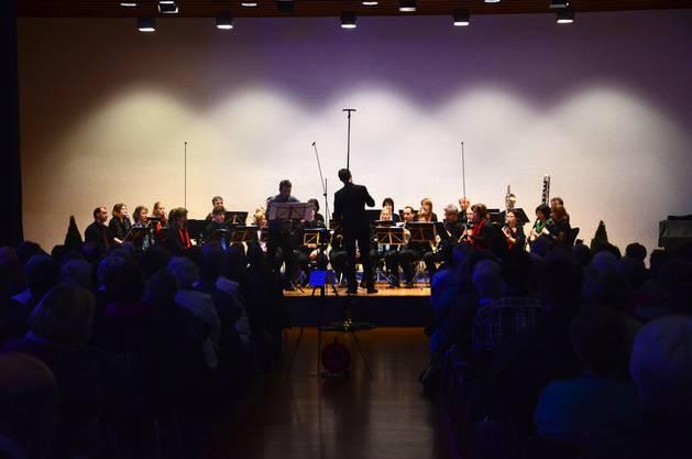 Klarinetten, so weit das Auge reicht - gar der Solist Sven Bachmann ist Klarinettist