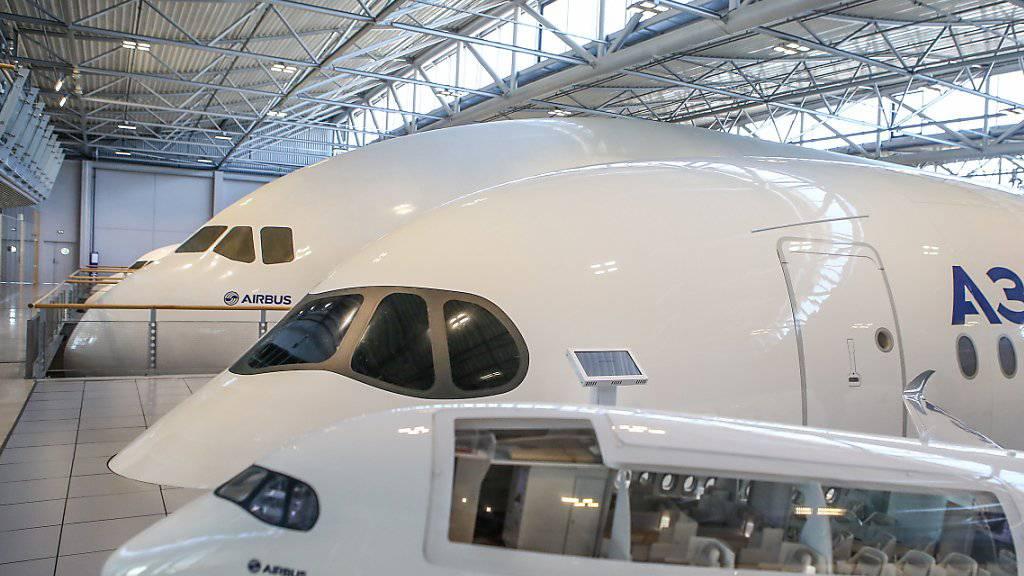 Trotz Gewinneinbruch: Der zivile Flugzeugmarkt sei «robut», heisst es bei Airbus. (Archivbild)