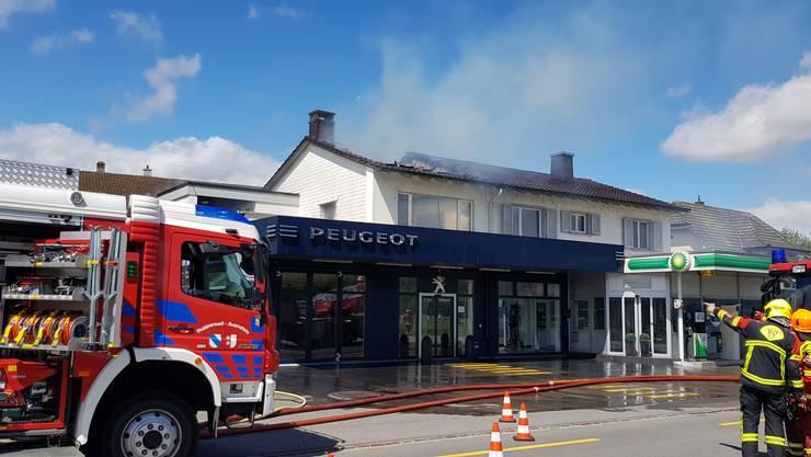 Im Obgergeschoss dieser Autogarage in Rupperswil brannte es.