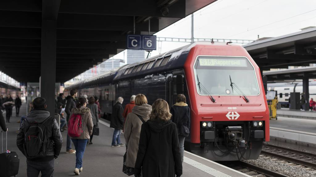 Neue Stimme in Zügen und Bahnhöfen: So klingen die neuen SBB-Durchsagen