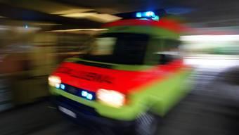 Bei einer Auseinandersetzung am Zürcher Utoquai ist ein Jugendlicher schwer verletzt worden und musste notoperiert werden. (Symbolbild)