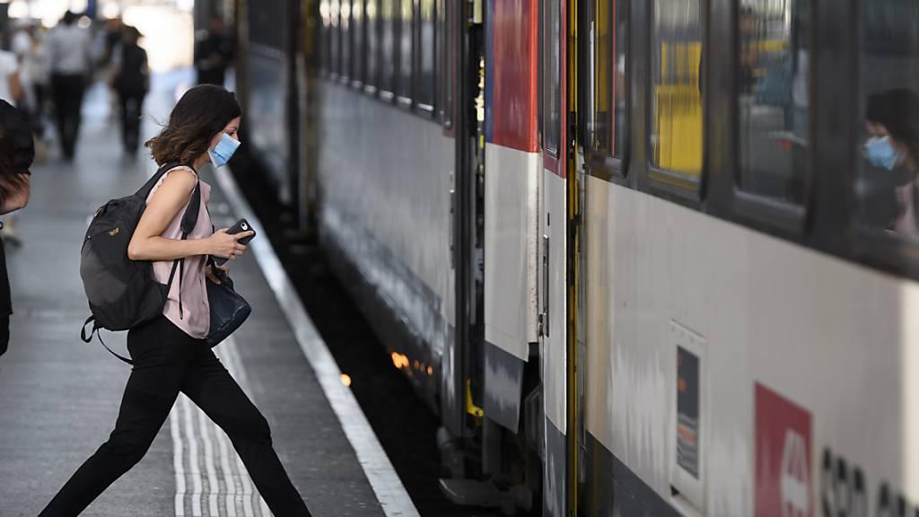 Wegen der Pandemie ging die Verkehrsleistung im Bahnverkehr im letzten Jahr um 39 Prozent zurück. (Archivbild)