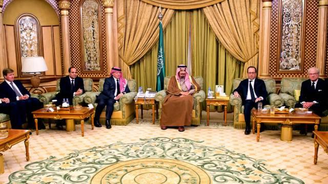 König Salman empfängt in seinem Palast zahlreiche Staatsgäste