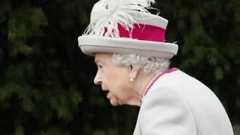 Die britische Queen will am Neujahrstag zahlreiche Persönlichkeiten auszeichnen. (Archivbild)