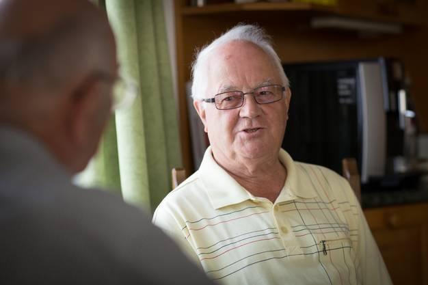 Der 78-jährige Mario Brem war 15 Jahre lang Postangestellter in Dietikon ZH. 1971 wurde Brem Posthalter in Büttikon, 1989 übernahm er die Filiale an seinem heutigen Wohnort Fahrwangen. Seit 2002 ist Mario Brem pensioniert.