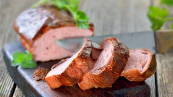 Genuss in Tranchen: Fleischkäse kann auch pur angerichtet werden.