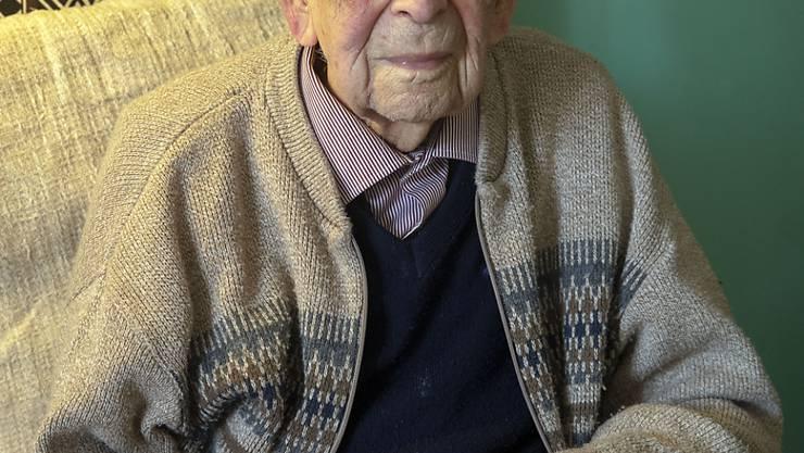 ARCHIV - Bob Weighton, der älteste Mann der Welt, ist mit 112 Jahren in Großbritannien gestorben. Foto: Steve Parsons/PA Wire/dpa
