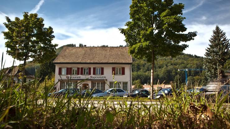 An der Zurzacherstrasse gelegen ist das ehemalige Restaurant Jägerstübli, in dem der Kanton eine Asylunterkunft einrichten möchte.