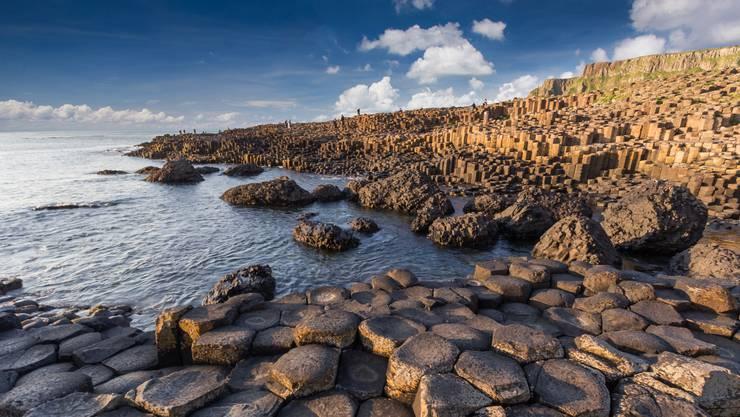 Der Legende nach soll ein Riese den Giant's Causeway erschaffen haben.
