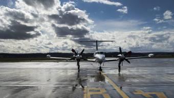 Ein Flugzeug auf dem Flughafen Basel-Mülhausen (Archiv)