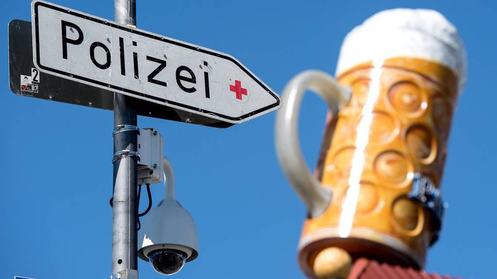 Münchner Polizei spielt Amor