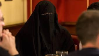 Der Nationalrat hatte sich für ein Burkaverbot ausgesprochen. Die vorberatende Ständeratskommission ist dagegen. (Symbolbild)