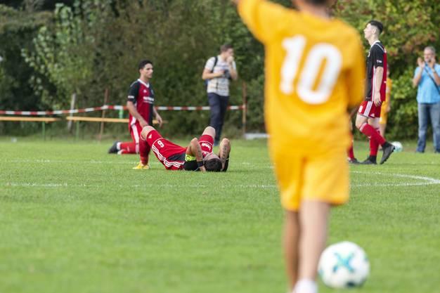 Enttäuschung bei Klingnaus Bora Kalyon nach der Niederlage.