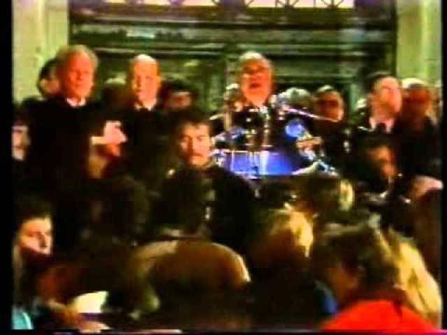 Die Rede von Helmut Kohl am 10. November 1989 vor dem Schöneberger Rathaus, begleitet von vielen Buhrufen...