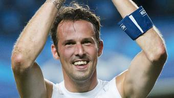 Captain Marco Streller freut sich über den Sieg. «Jetzt wissen sie in England, dass wir gefährlich sind».