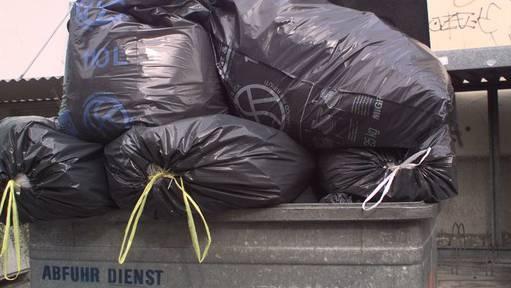 Ab nächstem Herbst bezahlen auch die Spreitenbacher eine Abfallsackgebühr.