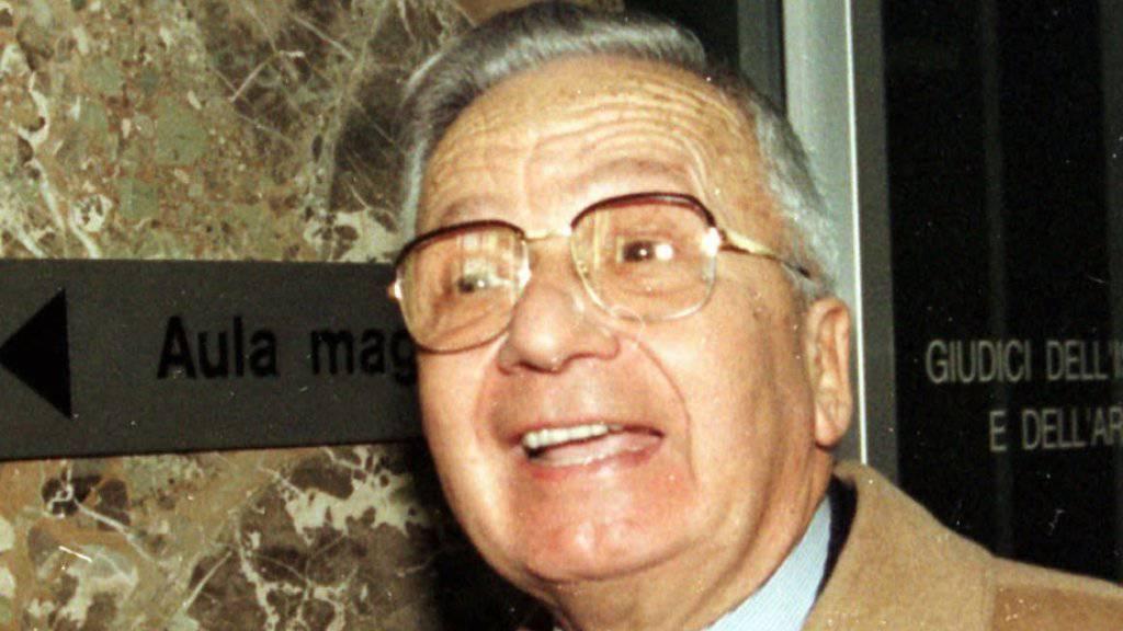 Licio Gelli 1996 in Lugano. Nun ist der Geheimlogen-Chef in Arezzo gestorben. (Archiv)