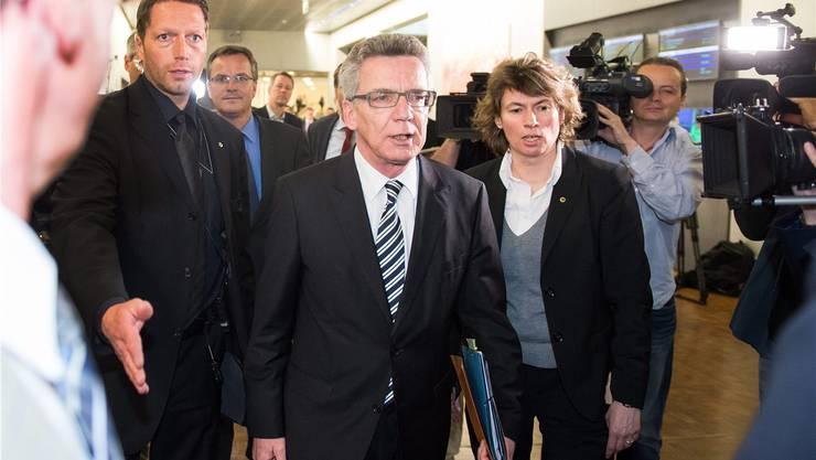 Will von der Zusammenarbeit zwischen dem deutschen Nachrichtendienst (BND) und dem amerikanischen Geheimdienst NSA nichts gewusst haben: der deutsche Innenminister Thomas de Maizière.