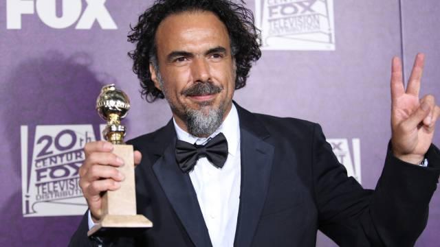 """Regisseur Alejandro Gonzalez Iñarritu it dem Preis für """"Birdman"""""""