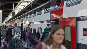 Am Hauptbahnhof in Zürich wurde der Rumäne an die Kapo Zürich übergeben.