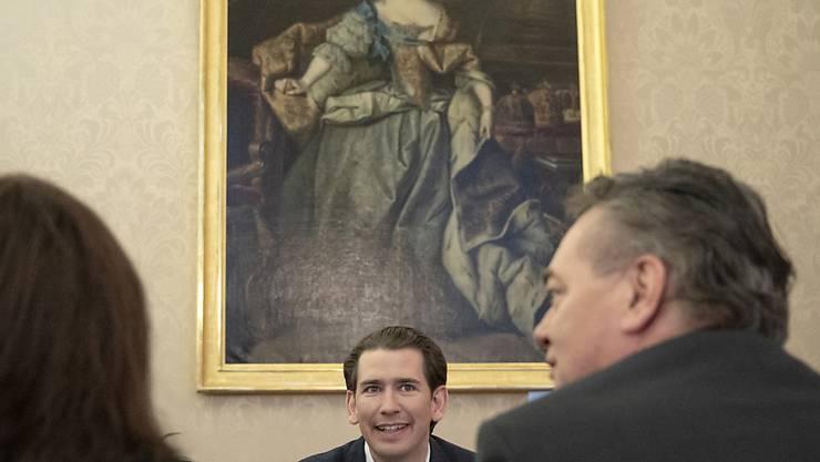 Mögliche Premiere in Österreich: Die konservative ÖVP um Ex-Kanzler Sebastian Kurz (links) steht kurz vor der Regierungsbildung mit den Grünen und derenChef Werner Kogler (rechts). (Archivbild)