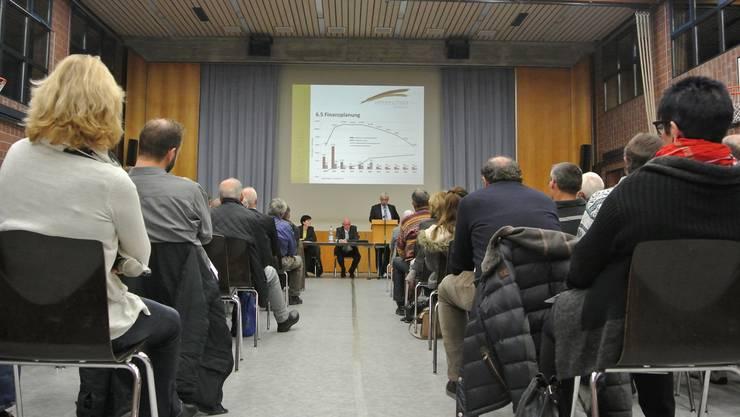Die Gmeind genehmigte das Budget 2017 mehrheitlich. az/Archiv