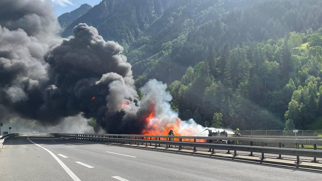 Lastwagen-Brand: Gotthard in Richtung Süden wieder offen