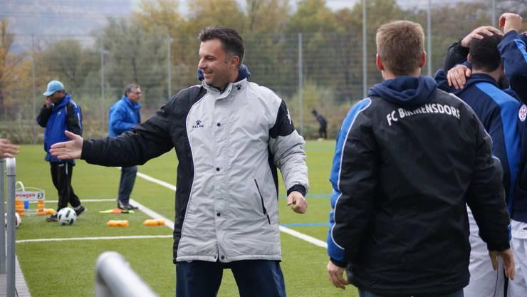 Sichtlich erfreut: FCB-Trainer Dani Margreth nach dem Schlusspfiff.