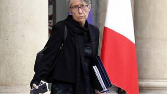 """Nach Einschätzung von Verkehrsministerin Elisabeth Borne schlagen die Ankündigungen Macrons mit etwa acht bis zehn Milliarden Euro zu Buche. """"Wir werden sehen, wie wir diese Massnahmen finanzieren."""" (Archivbild)"""