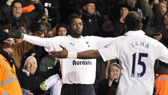 Tottenham übernimmt Emmanuel Adebayor definitiv.
