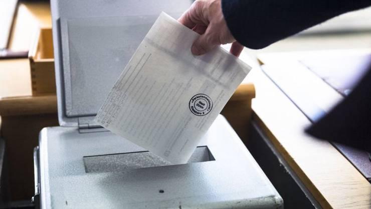 Bild von der letzten Wahl vom 18. Oktober 2015. In einem Jahr ist es wieder soweit. Was bringt die Wahl 2019?