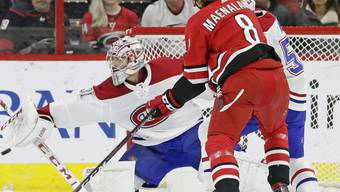 Die Carolina Hurricanes rennen lange erfolglos gegen das Tor von Montreal-Goalie Carey Price an