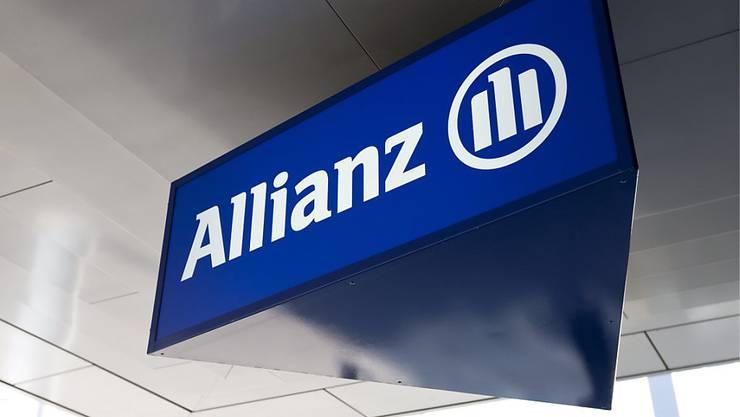 Der Versicherer Allianz Suisse hat im ersten Halbjahr einen Rückgang bei Prämien und Gewinn hinnehmen müssen.
