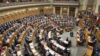 Die Schweiz belegt weiterhin Platz 35 mit 32,5 Prozent Frauen im Parlament. (Archiv)