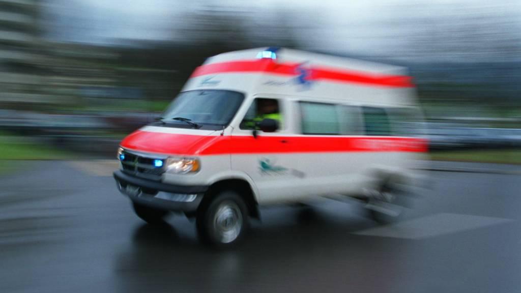 Betrunkener Patient flieht mit Rettungswagen vor der Polizei