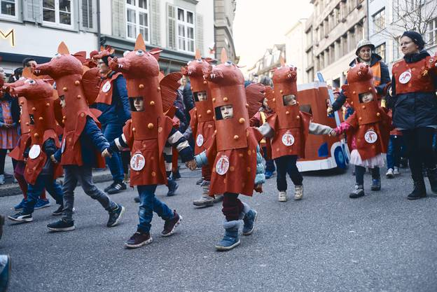 10'000 Binggis zogen durch die Basler Innenstadt.