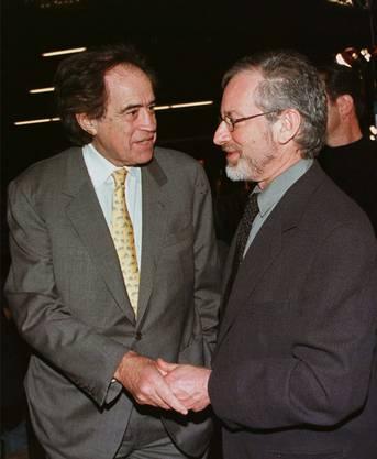 Regisseur Steven Spielberg (rechts) ist nur einer von den Stars Hollywoods, mit denen Arthur Cohn befreundet ist.