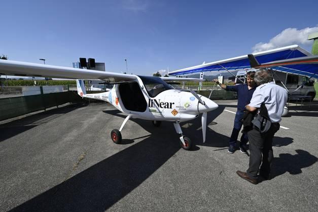 Pipistrel Velis E. der AlpinAirPlanes GmbH, das erste voll zertifizierte Elektroflugzeug der Welt. Die Maschine im Bild hat ausserdem auf einem Flug von den Alpen zur Insel Norderney an der Nordküste Deutschlands vor Kurzem mehrere Weltrekorde aufgestellt.