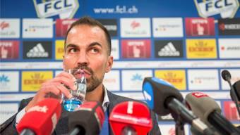 Für ihn ist in Luzern das Glas halb voll: Neo-Trainer Markus Babbel.