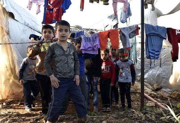 Kinder in einem Lager in Tripoli.