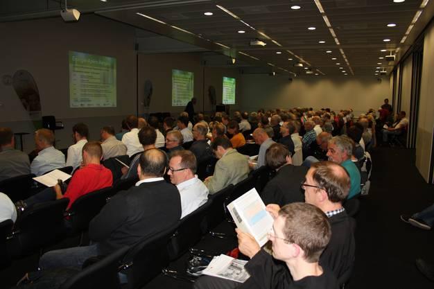 Über 200 Gäste folgten den spannenden Ausführungen der drei Referenten bei der 20. Serie der Energie-Apéros Aargau