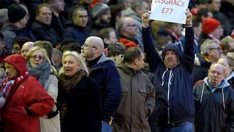 Der Protest vom letzten Samstag im Spiel gegen Sunderland half: Liverpols Klubeigner sehen von der Ticketpreis-Erhöhung ab
