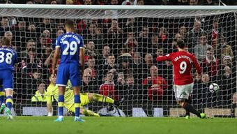 Zlatan Ibrahimovic rettet Manchester United gegen Everton mit einem verwandelten Handspenalty in der 95. Minute immerhin einen Punkt