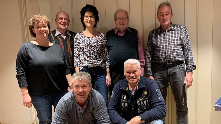 Diese Gründungsmitglieder sind immer noch dabei (von hinten links nach vorne rechts): Josef Schenker, Rita Vogel, Sepp Widmer, Martin Aregger, Catherine Da Silva, Roger Wyss und Elmar Vogel.