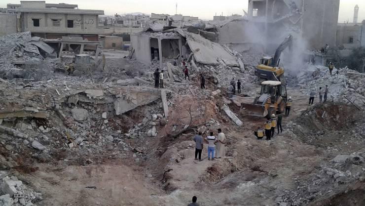 Aufnahme aus Zardana in der Provinz Idlib nach einem Luftschlag